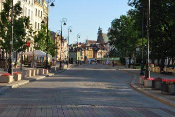 """Wycieczki po Warszawie """"szyte na miarę"""""""